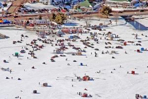 Fishing lake winnipesaukee gateway lake recreation for Ice fishing derby game